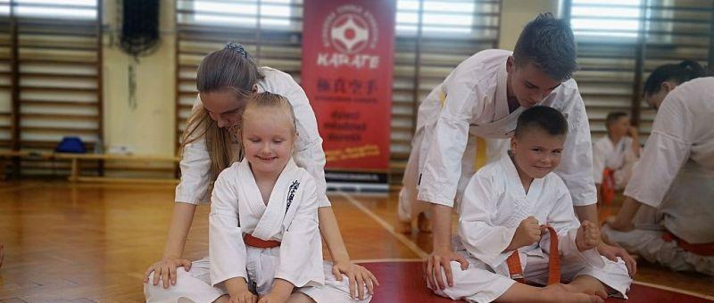Zakończenie sezonu 2020/21 w Bydgoskiej Szkole Kyokushin Karate (wyr)